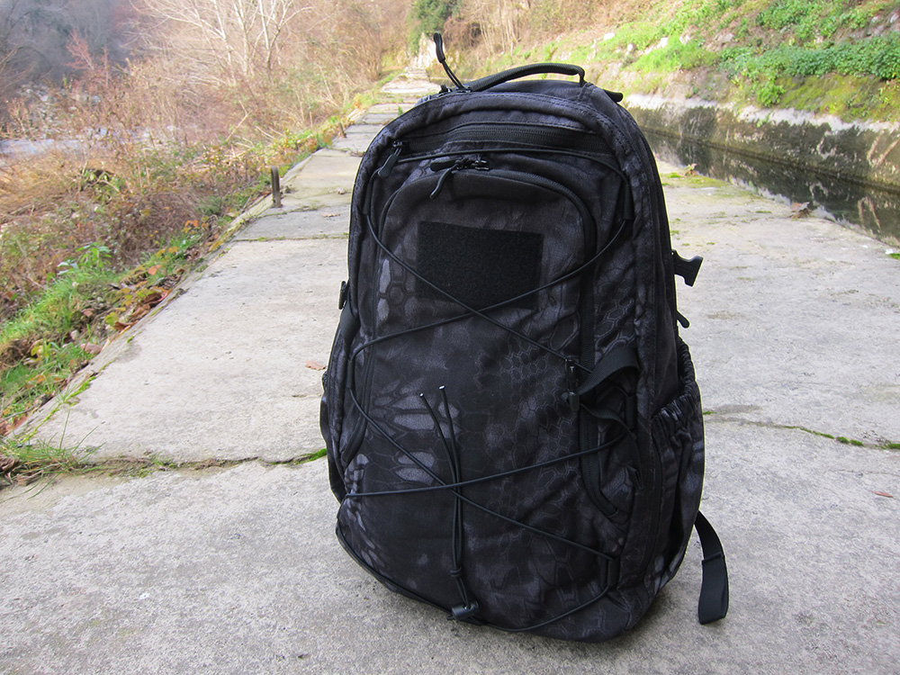 Evade backpack